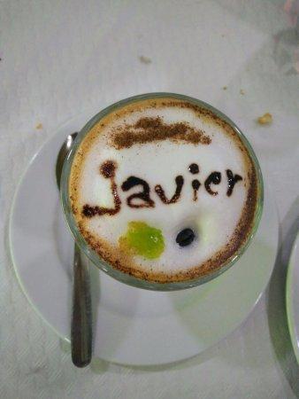 Lo Pagán, España: cafe asiatico con la sospresa de personificar