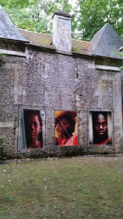 Mezidon-Canon, France : Art exhibition