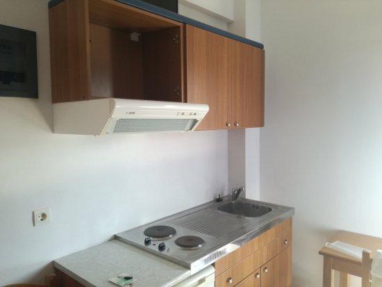 Mediterranean Studios Apartments: IMG_20170810_095711_large.jpg