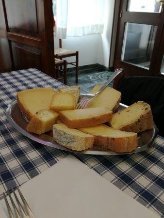 Trausella, Italy: TA_IMG_20170811_124714_large.jpg