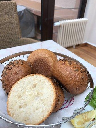 Konditorei Cafe Klingelhoefer: photo0.jpg