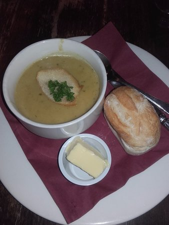 The Royal Oak: Soup of the day, curried parsnip, very good.