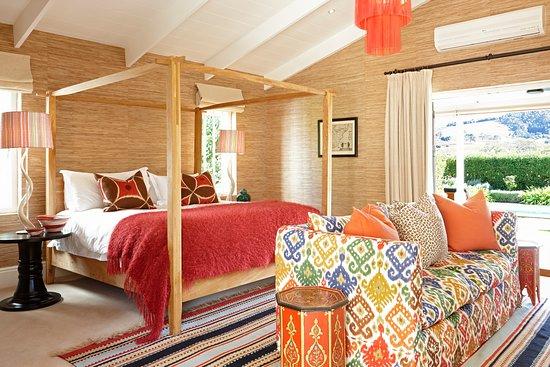 La Cle des Montagnes: Le Colonial at La Clé des Montagnes - Bedroom