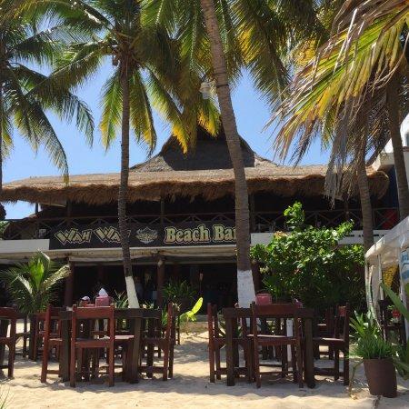 Wah Wah Beach Bar: photo1.jpg