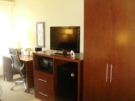 Comfort Inn: Guestroom Seating Area