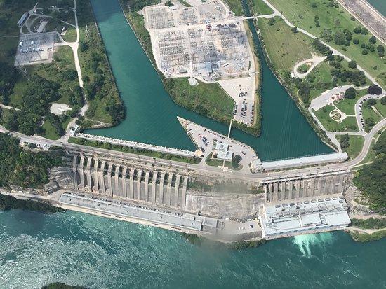 National Helicopters - Niagara Falls Heli-Tours: photo3.jpg