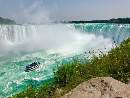 National Helicopters - Niagara Falls Heli-Tours: photo6.jpg