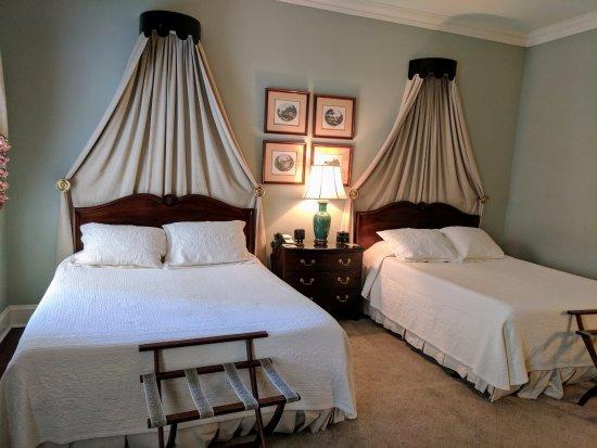 John Rutledge House Inn: Room in the Carriage House