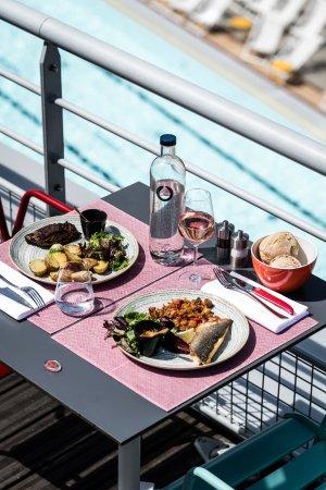 Toit terrasse molitor paris omd men om restauranger - 2 avenue de la porte molitor 75016 paris ...