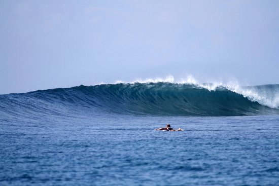 Thulusdhoo Island: Sultans surf break