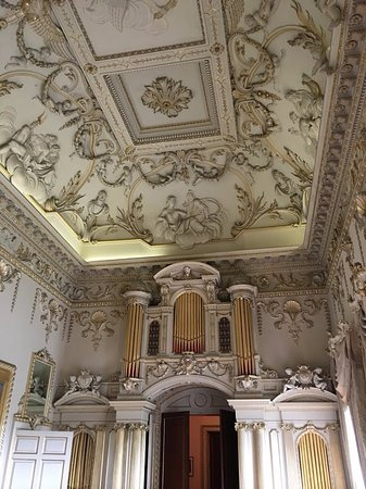 Carton House Hotel & Golf Club: Old drawing room