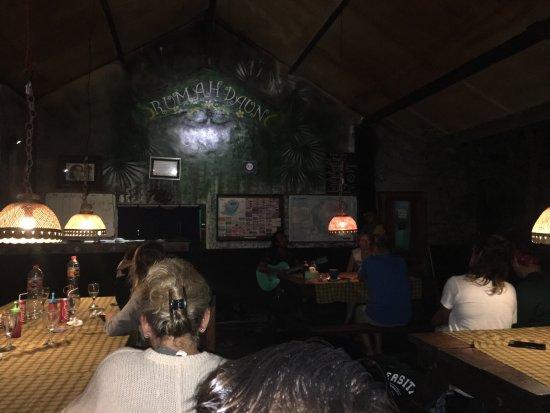 Tetebatu, Indonesien: Rumah Daun Restaurant