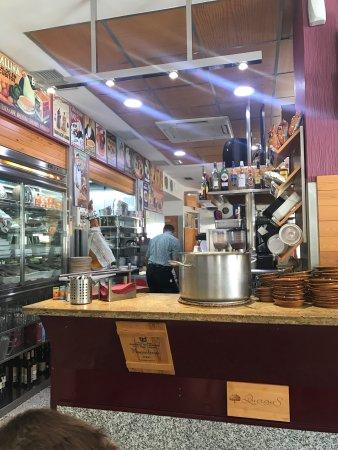 Restaurante entre amigos en albacete con cocina tapas - Cocinas en albacete ...