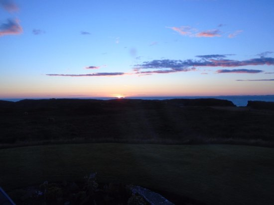 Isle of Colonsay, UK: Sunset from bedroom