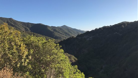 Uta, Italia: Panorama del Massiccio