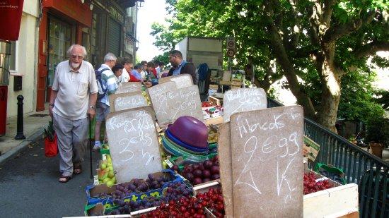 Pierrerue, France: Marché à Forcalquier