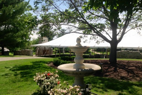Ancaster, Canada: Hitching Post Tent