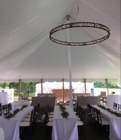 Ancaster, Canada: Inside the tent