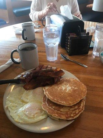 Zachary's Restaurant: photo4.jpg