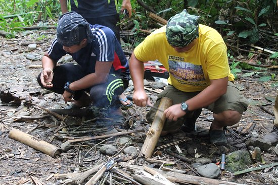 Lupa Masa Rainforest Camp: Survival course