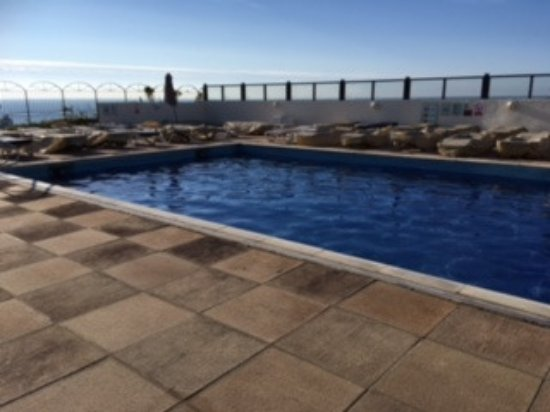 Outside heated pool picture of bournemouth highcliff - Bournemouth hotels with swimming pools ...