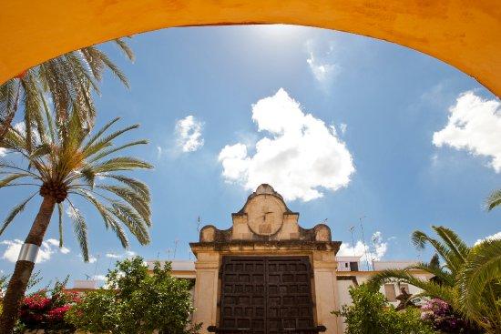 Monasterio de San Francisco: Vista Jardín