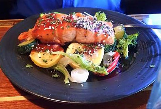 River Room: Asian glazed salmon with sauteed vegetables