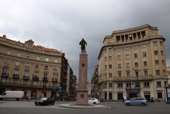Plaza Circular
