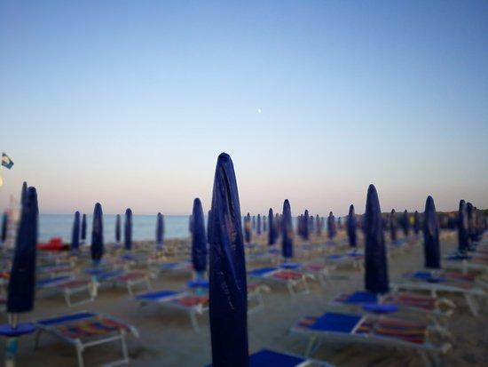Residence Hotel Universo : Spiaggia Stabilimento Universo