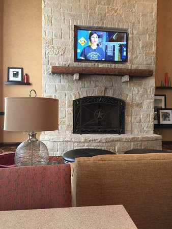 Hampton Inn & Suites Fredericksburg: photo1.jpg