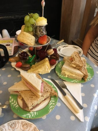 Well Walk Tea Room: photo0.jpg