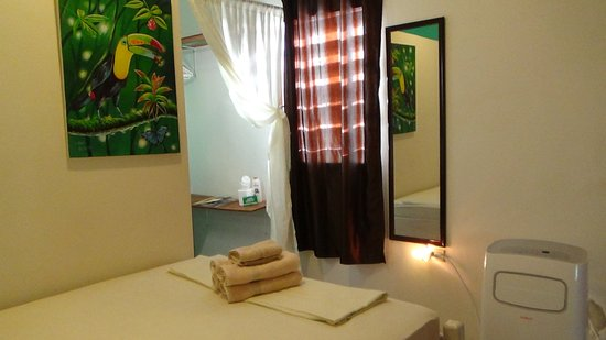 Belmopan, Belize: Earth Room