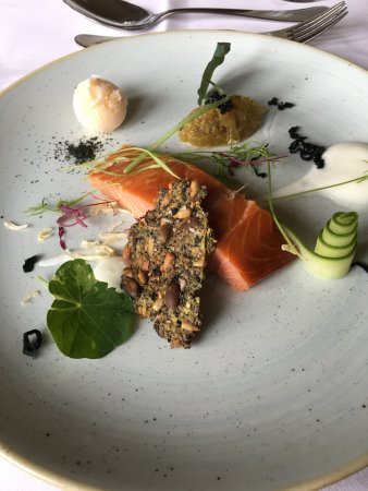 Stanley, UK: Warm smoked salmon starter