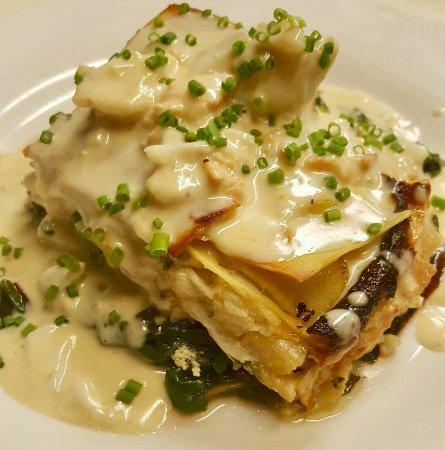 ลอว์เรนซ์วิล, นิวเจอร์ซีย์: Seafood Lasagna