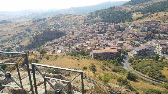 Cesaro, Italia: Il panorama!