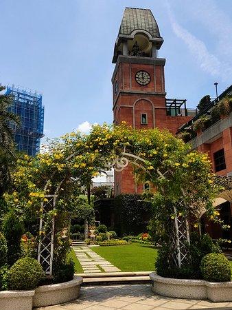 Grand Victoria Hotel Photo