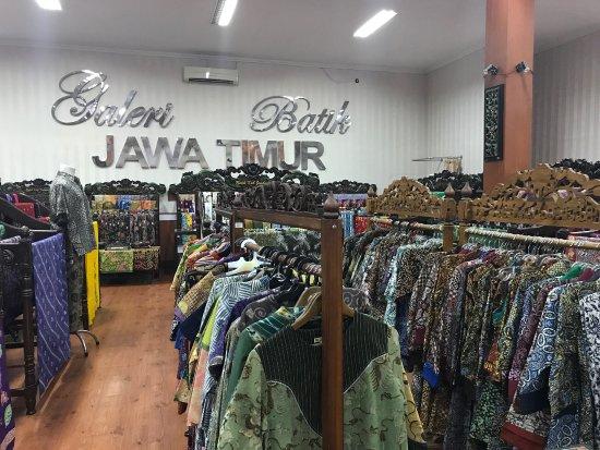Galeri Batik dan Cinderamata Jawa Timur