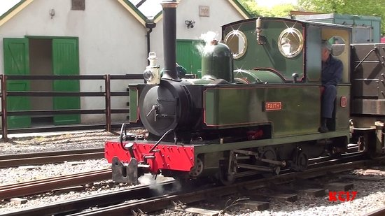 Parracombe, UK: This small loco, 'Faith', was built by 1 man over about 17 years.