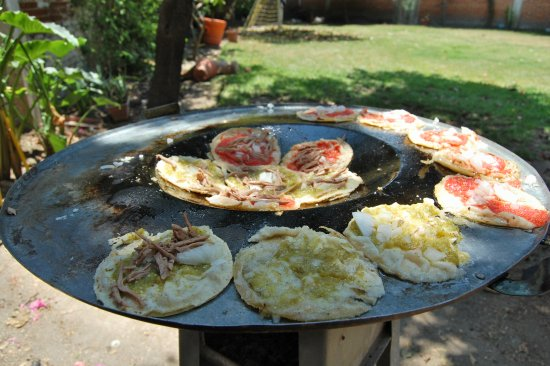 Пуэбла, Мексика: Private authentic cooking class with Ale in Puebla - Traveling Spoon