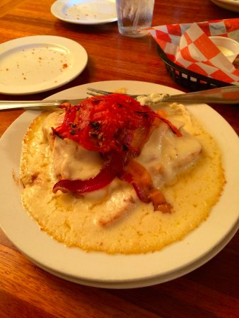 The Woodford Inn: The Hot Brown