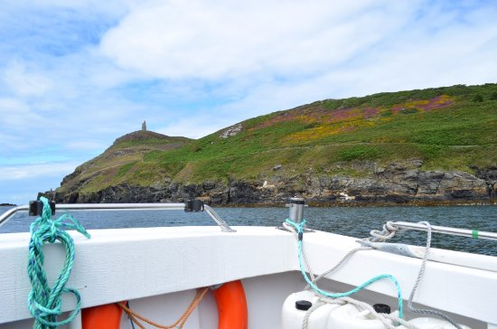 Shona sailing back into the harbour of Port Erin