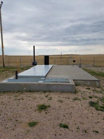 Wall, SD: Bunker.