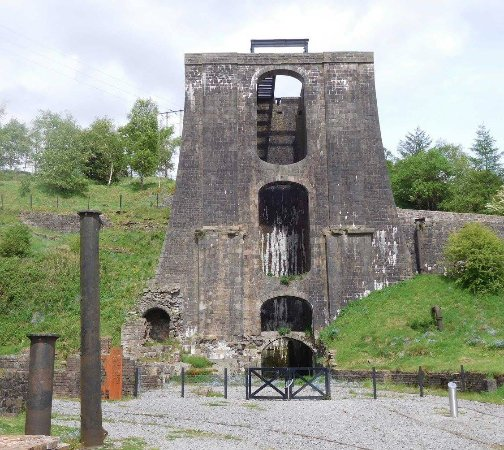Blaenavon, UK: The Ironworks - you can climb to the top
