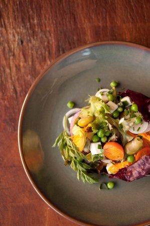 Simple Seasonal Salad
