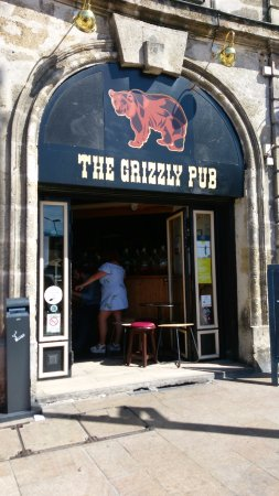 ‪The Grizzly Pub‬