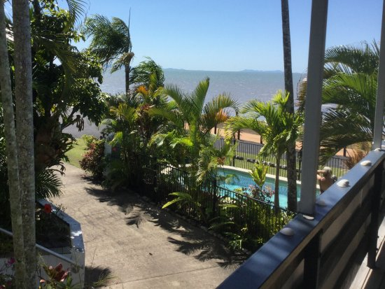 Cardwell Beachfront Motel Picture