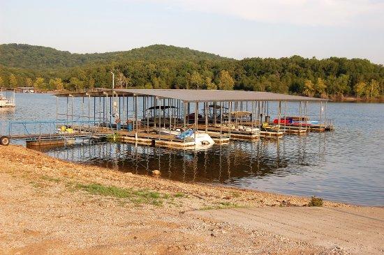Branson West, MO: Boat slips