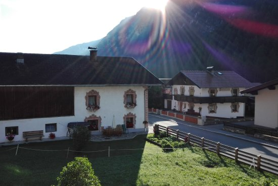 Gschnitz, ออสเตรีย: IMG_20170808_075257_large.jpg