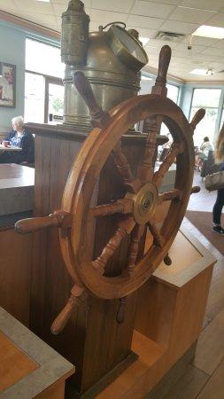 Port Dover, Canada: Nautical theme
