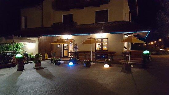 Puos d'Alpago, อิตาลี: al riccio di notte